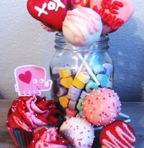 Valetine's Cake Pops & Cupcakes - Red, Pink & White