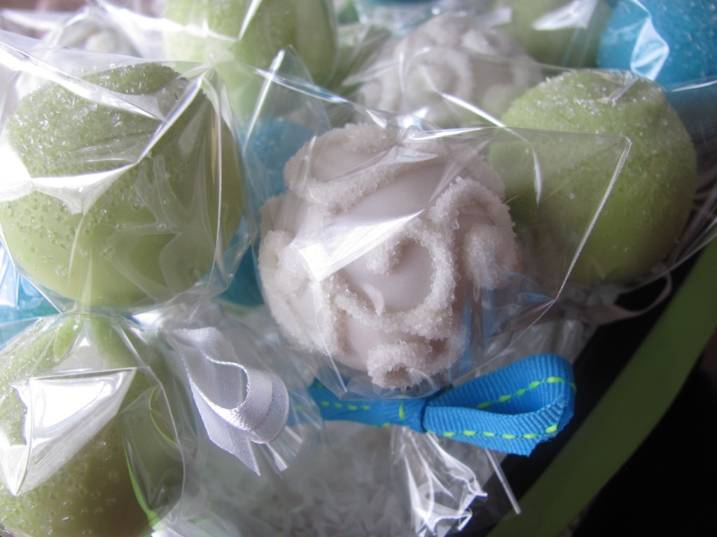 White Swirl Cake Pop