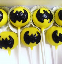 Batman Cake Pops