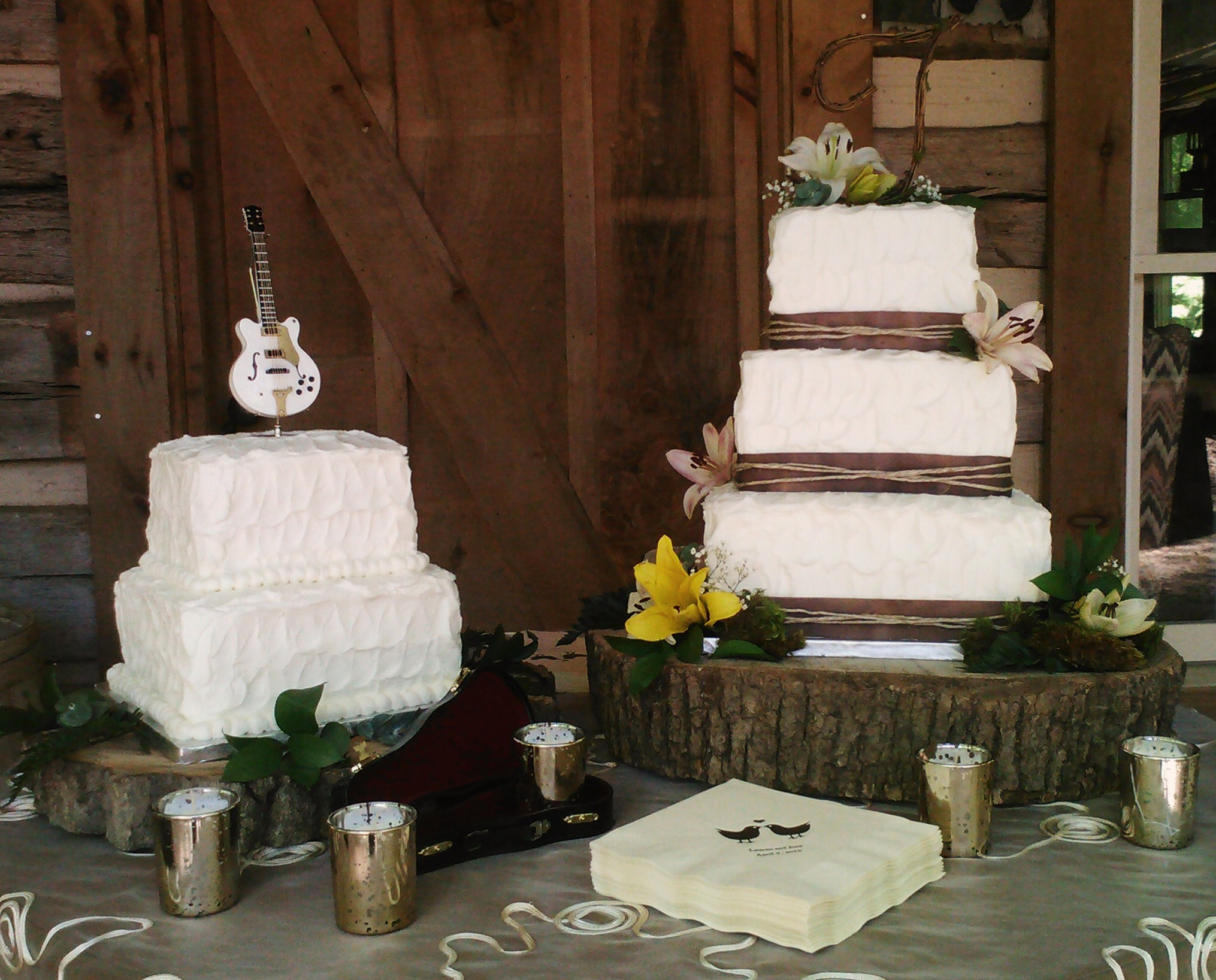 Rustic Christmas Wedding Cakes Viewing Gallery