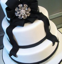 Black and White Wedding Cake with Brooch