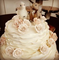 Ruffled Wedding Cake with Birds