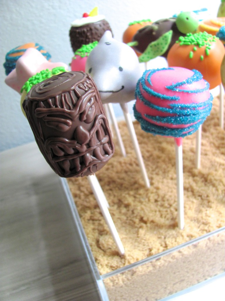 Tiki Mask Cake Pop