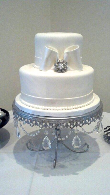 Simple White Bow Wedding Cake