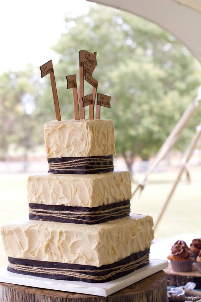 Ivory Stucco Buttercream Wedding Cake