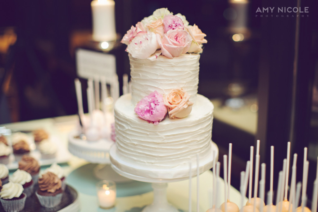 Textured Buttercream and Fresh Flowers Wedding Cake