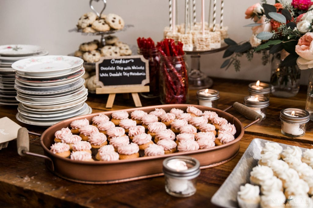 Nashville Sweets | Wedding Dessert Bar with Mini Cupcakes
