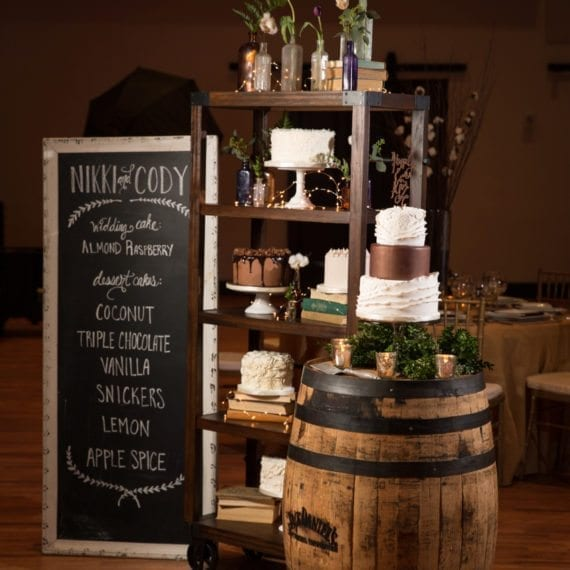 Wedding Cake & Dessert Cake Display