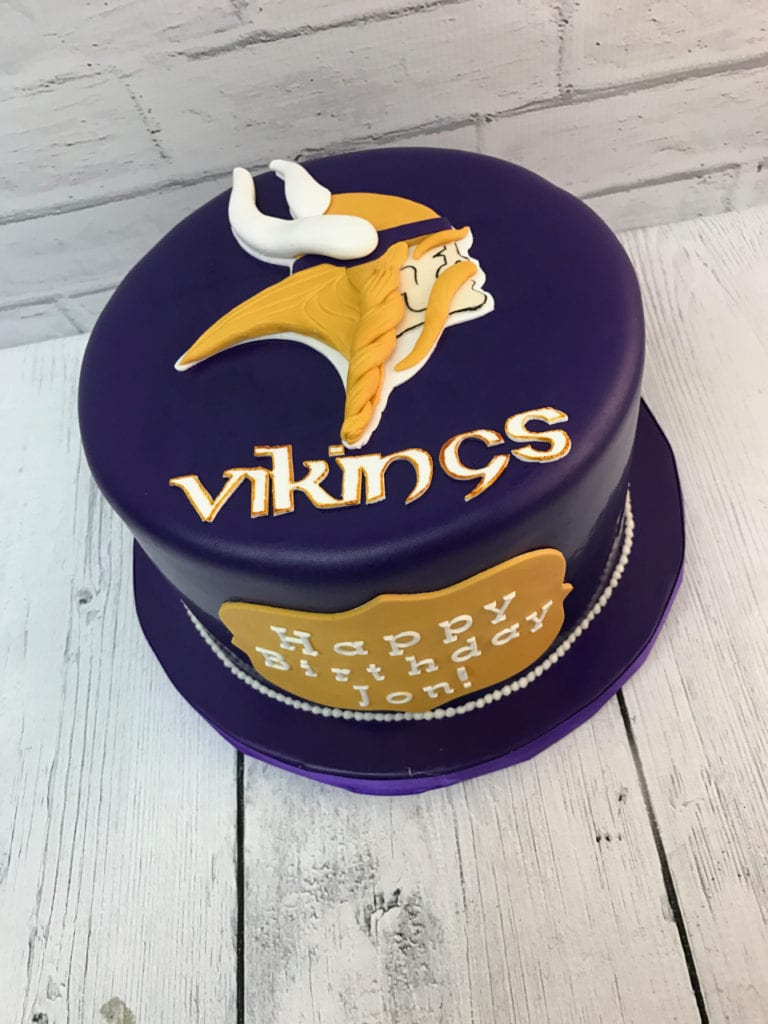 Astounding Nashville Sweets Minnesota Vikings Birthday Cake Funny Birthday Cards Online Elaedamsfinfo